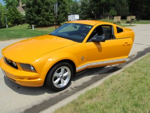 technician, wheel repair, Mustang, tires, tire shop