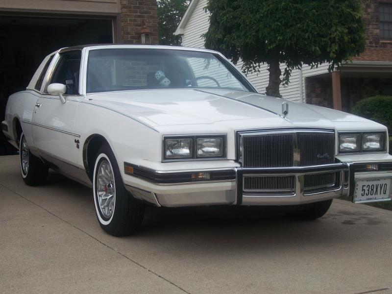 grand prix, 1981, white, pontiac, rad air, radair, rad ride